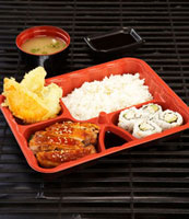 Teriyaki chicken�Amaki sushi and rice in bento box